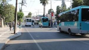 Otobüsçüler belediyenin zammını az buldu