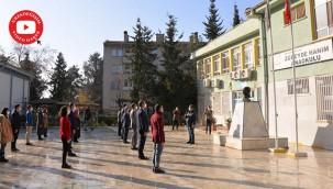 Türkiye, İstiklal Marşı ile tek ses oldu