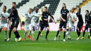 Beşiktaş: 3 - Y. Denizlispor: 0