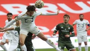 Bursaspor: 3 - Akhisarspor: 2