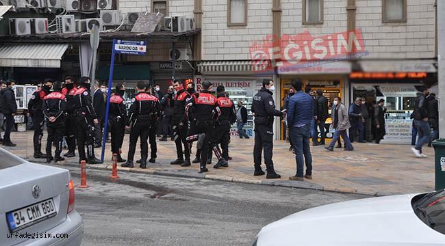 Kapaklı Pasajına polis baskını