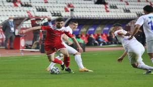Antalyaspor'da 10 eksik can sıkıyor