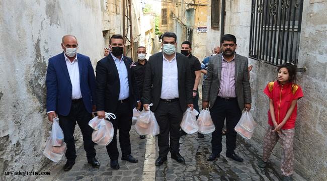 Ermenilerin şehit ettiği Türkler için iftar dağıtıldı