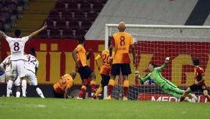 Galatasaray'a son saniyede sevinç