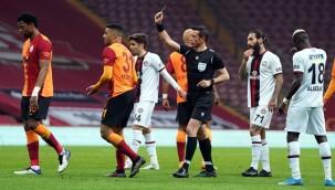 Galatasarayda'ki galibiyet hasreti uzadı