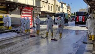 Cadde ve sokaklarda dezenfektan hakimiyeti