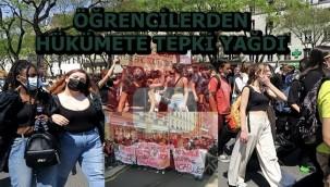 Fransa'da Hükümetin salgını yönetememesini protesto