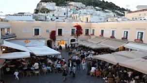 İtalya'da 24 saatte 2 bin vaka