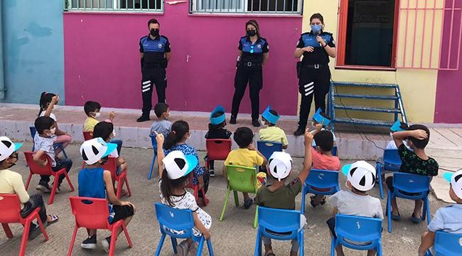 Anaokulu öğrencilerine polislerden eğitim