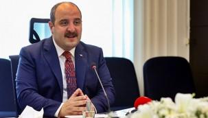 Bakan Varank; 'Türkiye'de sınavsız tıp okuyacağı aşağılık bir yalan'
