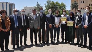 Bölge barolarından Şenyaşar ailesine destek