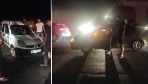 Işıklandırmanın olmadığı kavşakta trafik kazası