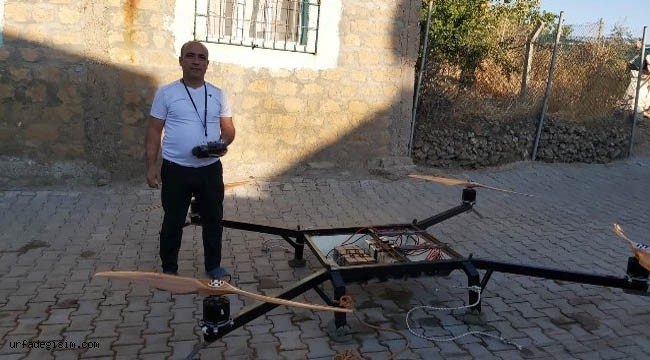 Çocukluk hayalini 47 yaşında gerçekleştirdi, uçan araba yaptı