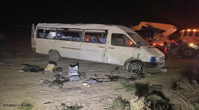 Urfalı tarım işçilerini taşıyan minibüs takla attı: 1 ölü, 14 yaralı