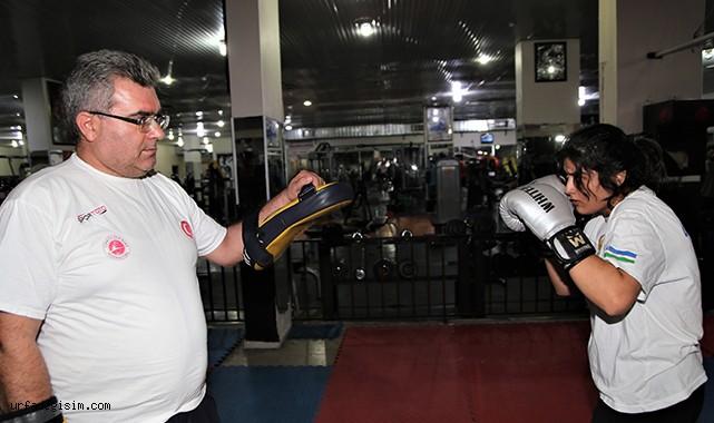 Urfalı boksçu, ikinci dünya şampiyonluğunu hedefliyor