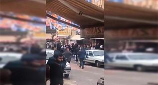 Seçim bürosunda önünde taşlı sopalı kavga